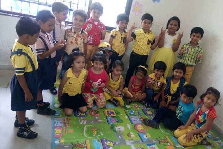 Neeraj Bajpayee International School-Yellow Day