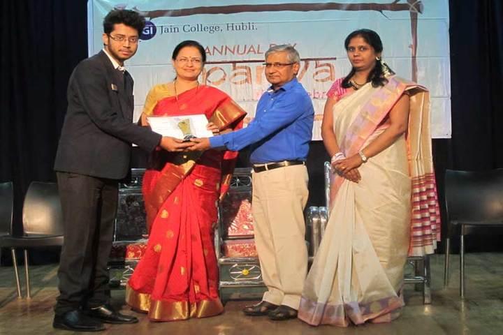 Jain Pre-University College-Prize Distribution