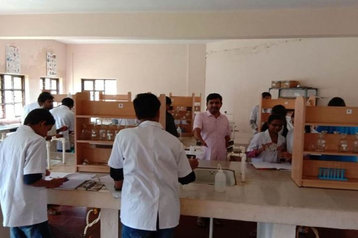 KSSS Pre-University Science and Commerce College-Chemistry Lab