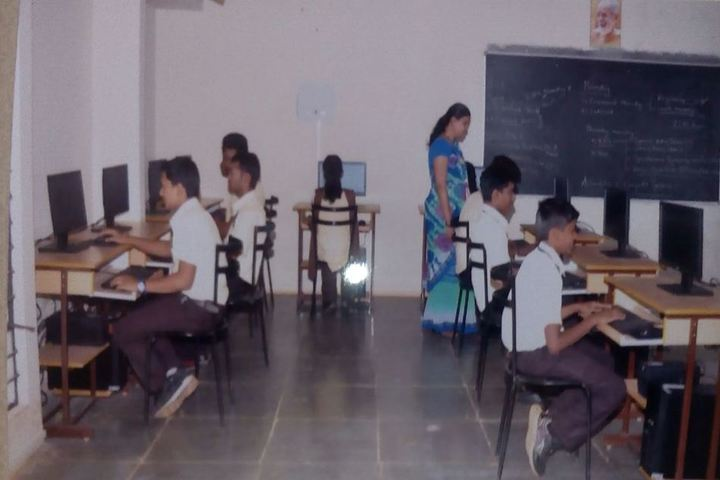 KSSS Pre-University Science and Commerce College-Computer Lab