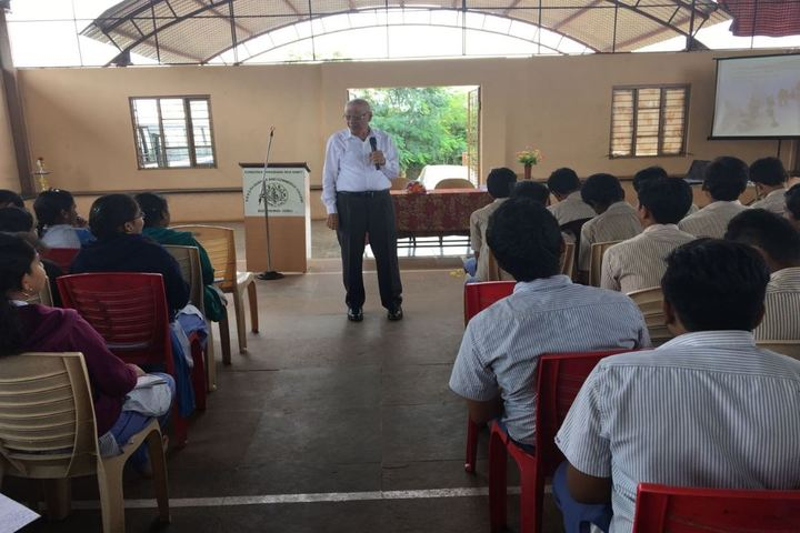 KSSS Pre-University Science and Commerce College-Seminar