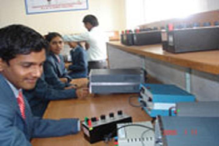 Karnatak Law Societys Pre University College-Physics Laboratory