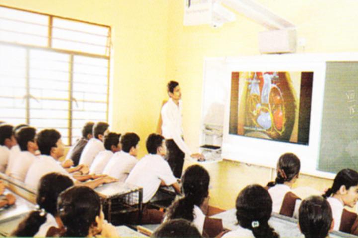 Vidyarashmi Independent Pre University College-Science Lab