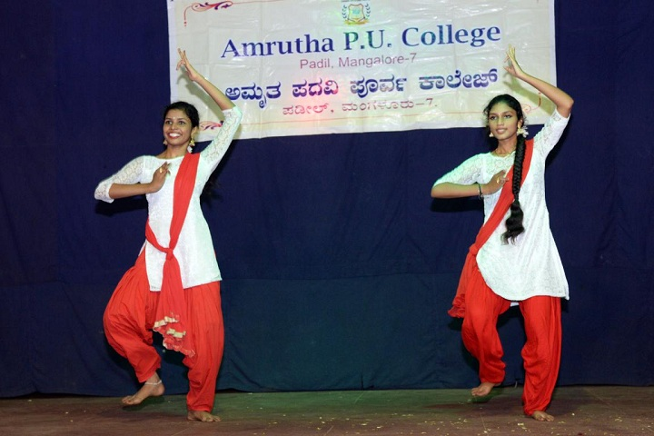 Amrutha Pre University College-Dance