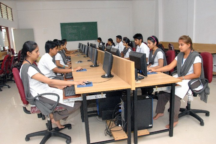 Chaitra Pre-University College-IT Lab