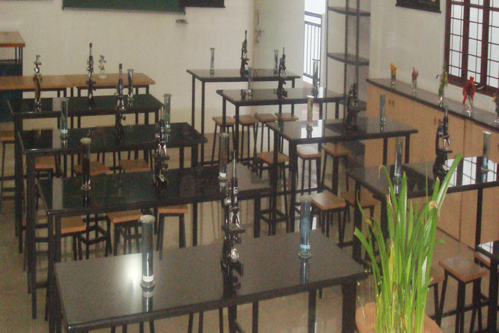 Chaitra Pre-University College-Science Lab