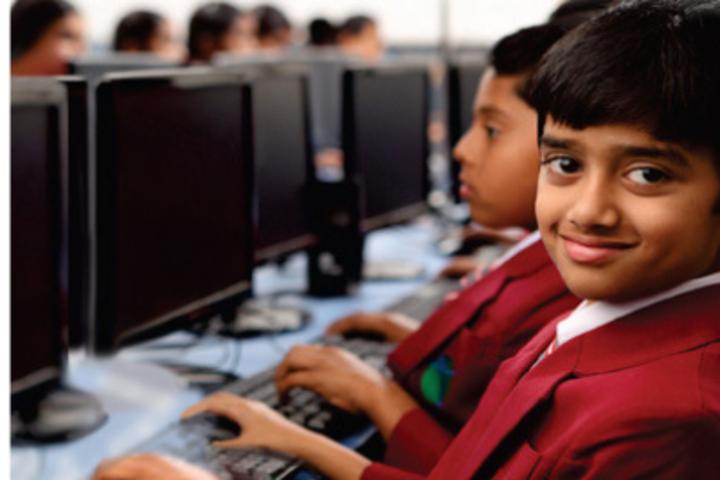 Sri Chaitanya Pre-University College- well-Computer Lab