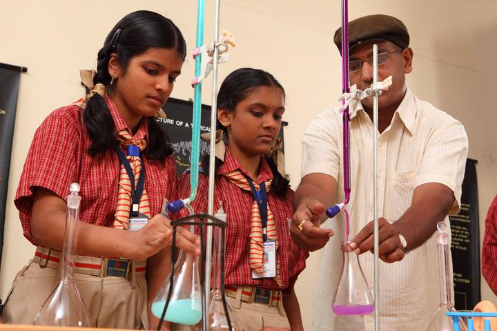 Sri Chaitanya Pre-University College-Chemistry lab