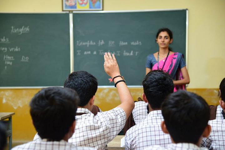Narendra Pre University College-Classroom