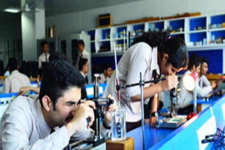 Mahesh Pre University College-Physics Laboratory
