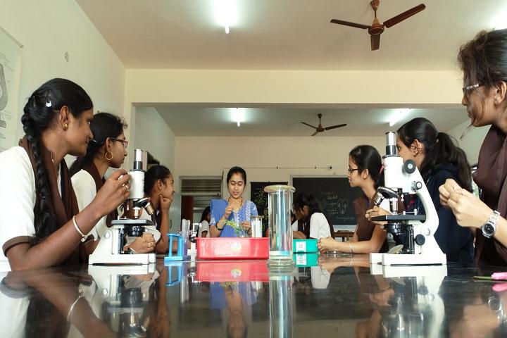 Vidyaniketan Independent Pre University College-Laboratory
