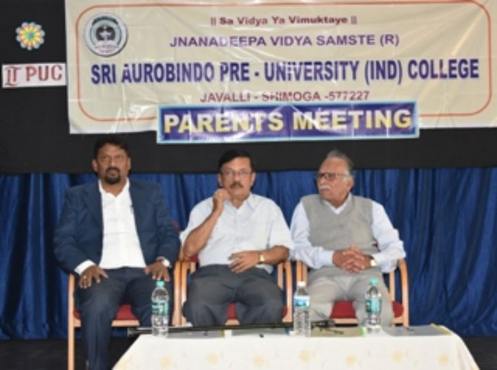 Sri Aurobindo Pre-University College-meeting