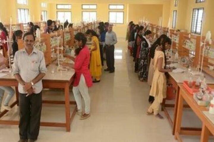 Sarvodaya Pre-University College-Chemistry Lab