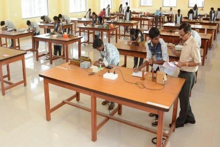 Sarvodaya Pre-University College-Physic Lab