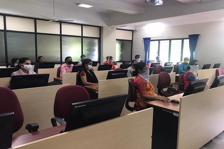 Seshadripuram Independent Pre University College-IT-Lab View