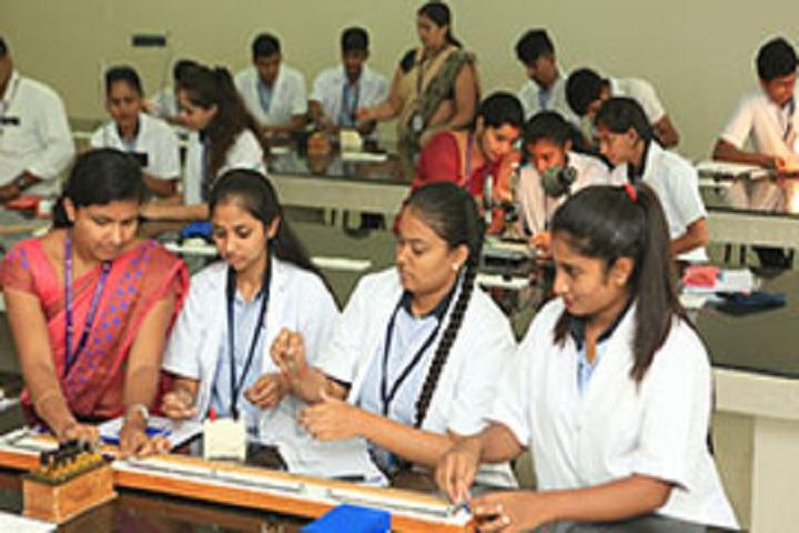 Seshadripuram Independent Pre University College-Physics Laboratory