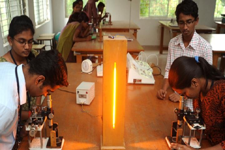 Vivekananda Pre University College for Women-Laboratory