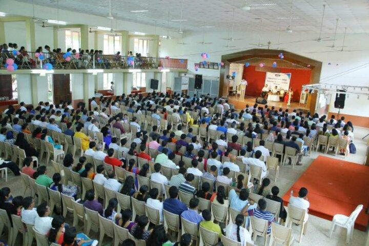 Mahesh Pre-University College-Orientation Program