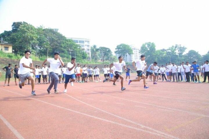 Mahesh Pre-University College-Sports