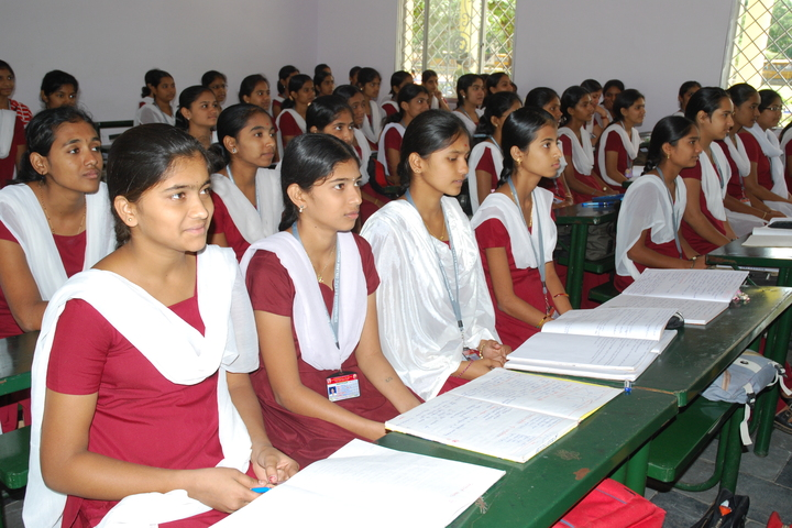 Vishwamanava Pre-University College-Students