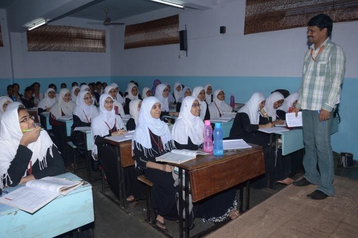 Global Shaheen Pre-University College-Classroom