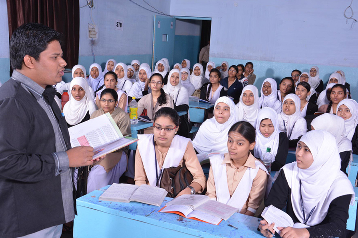 Global Shaheen Pre-University College-Students