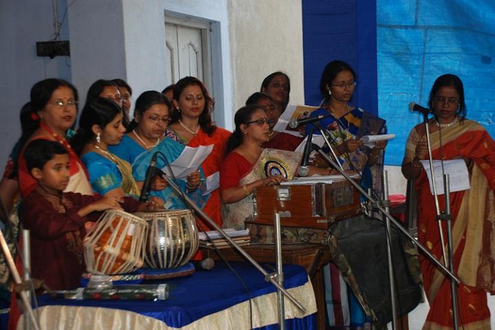 Garalgacha Balika Vidyalaya-Singing