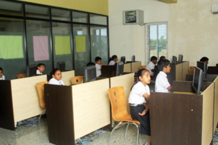 Rungta International School-Computer Lab