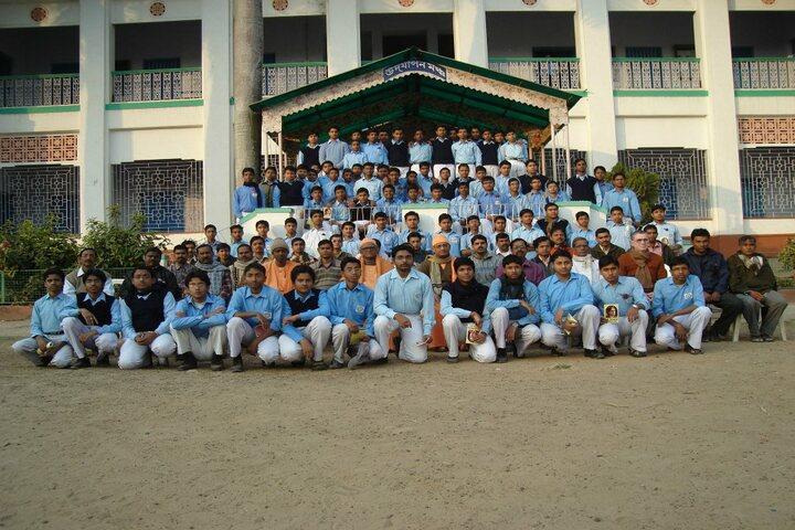 Ramakrishna Mission Vidyabhavan High School-Group Photo