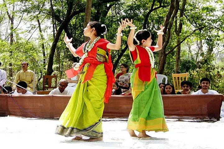 Patha Bhavan-Dance
