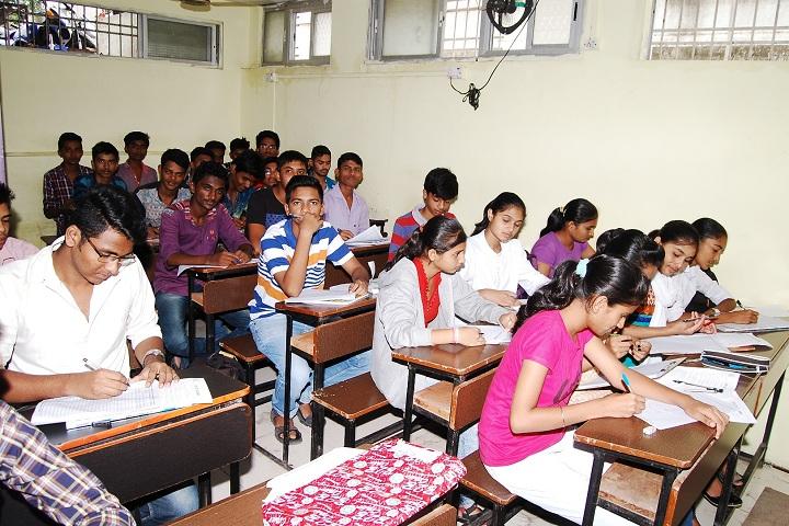 DR R P NATH Junior College-Classroom View