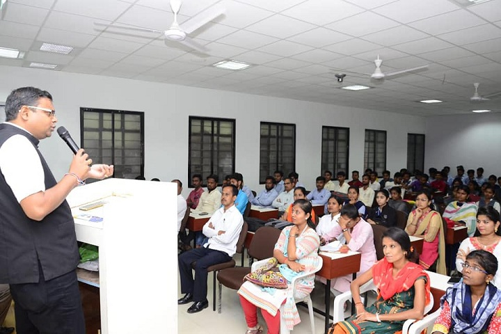 Walchand College of Arts and Science-Speech
