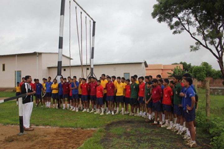Sainik School-Rope trekking