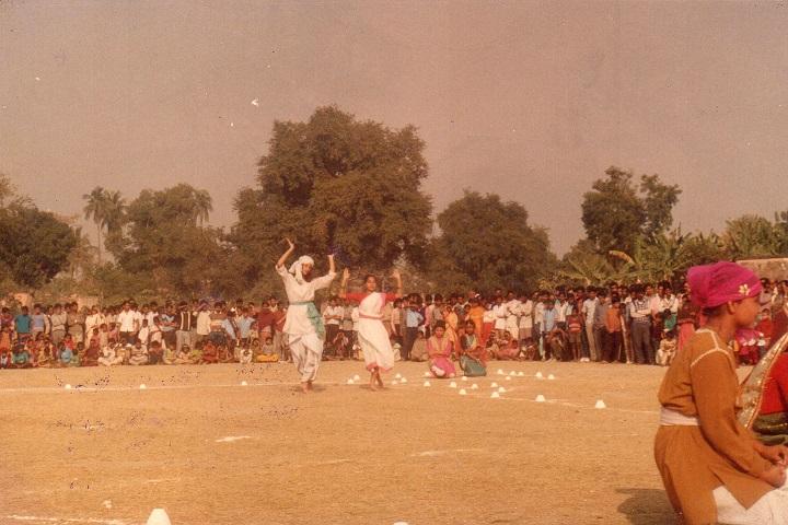 Gurap R K Institution-Dance