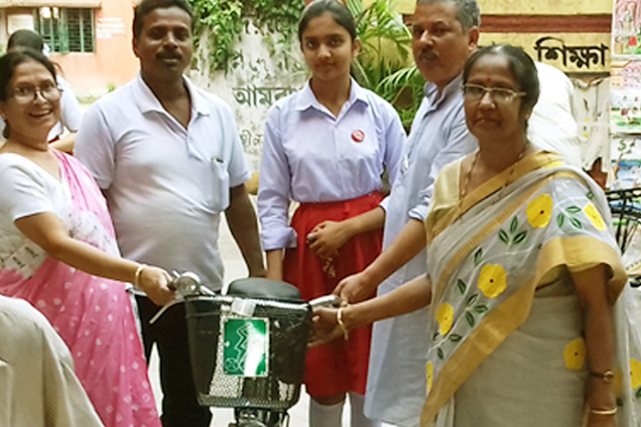 Hooghly Girls High School-Cycle Distribution