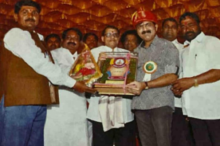 Dharmavir Anand Dighe English Medium School-Prize