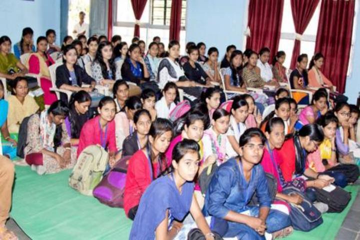 Kesharbai Sonajirao Kshirsagar Alias kaku College of Arts Science and Commerce-Students