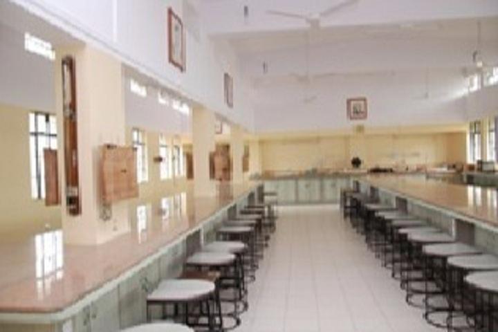 Shardabai Pawar Womens Junior College-Physics Laboratory