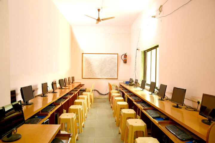 St Peter English High School and Junior College Of Science And Commerce-IT-Lab View