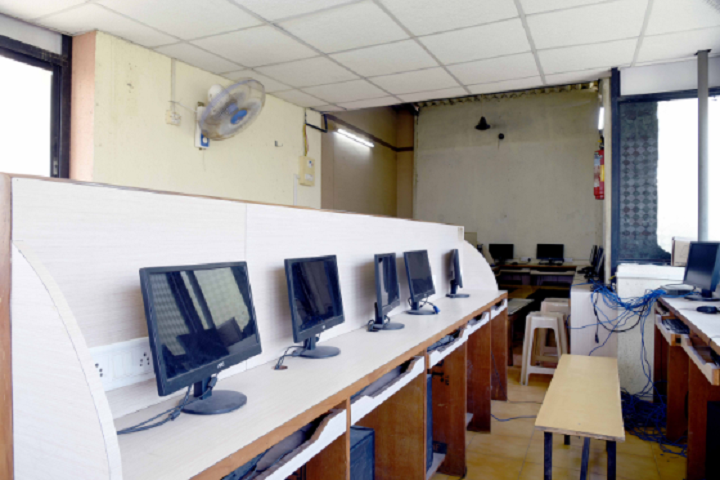 St Peter English High School and Junior College Of Science And Commerce-IT-Lab