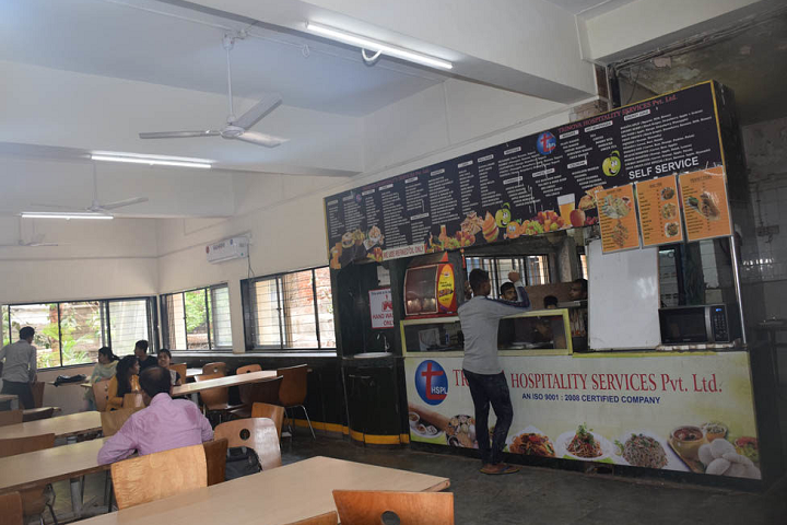 L S Raheja College Of Arts and Commerce-Cafeteria
