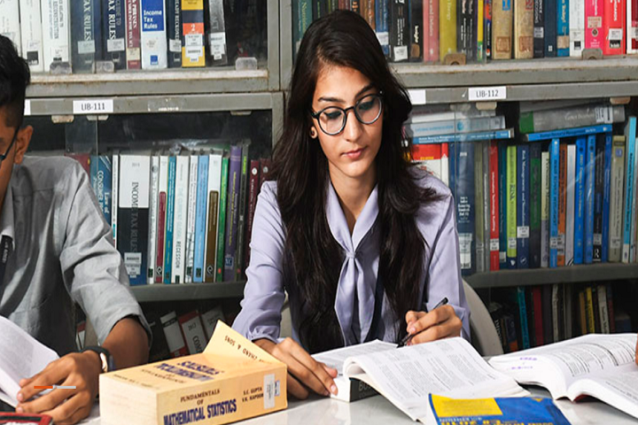 L S Raheja College Of Arts and Commerce-Library View