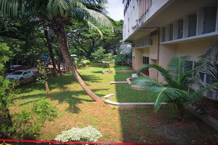 Sir Vithaldas Thackersey Junior College-Campus View