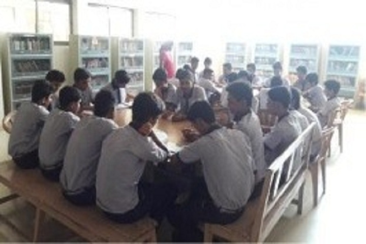 Shri Gujrati English Medium Higher Secondary School-Library