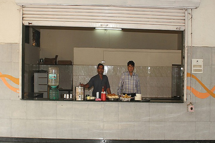 Abid Patel College of Commerce and Arts-Cafeteria