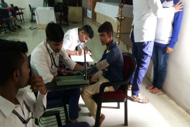 Adv Shardul Sudhakarrao Jadhavar Commerce and Science Junior College-Health Checkup