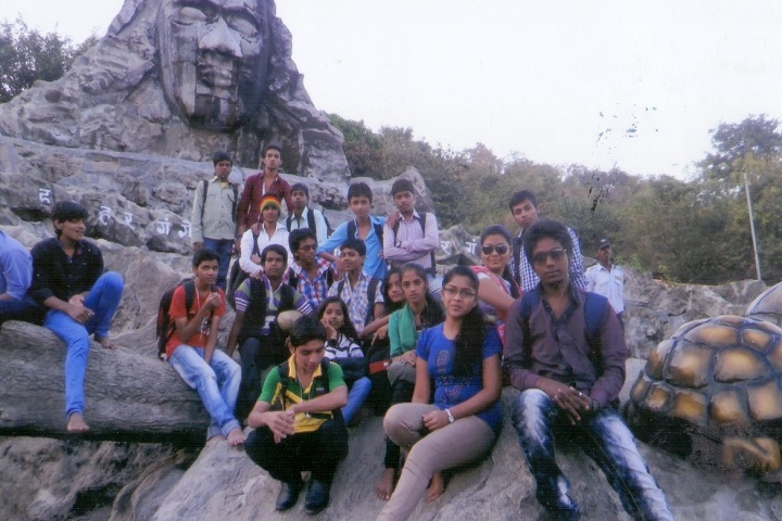 Maheshwari Vidyalaya and Junior College-Tour