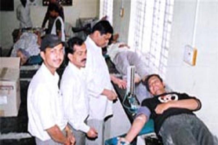 Shahaji Raje Mahavidyalaya-Blood Dontion Camp