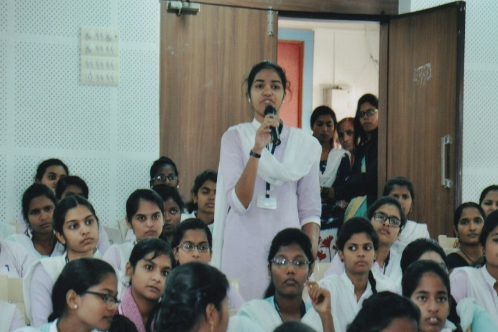 Dhananjayrao Gadgil College of Commerce-Seminar