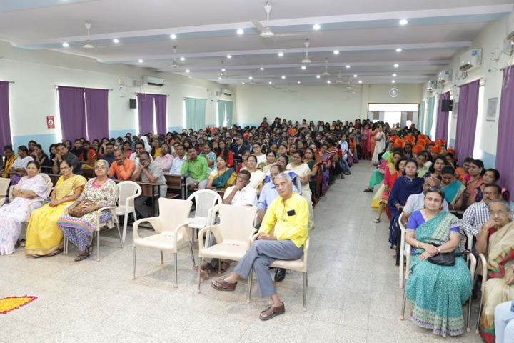 Smt Mathubai Garware Kanya Mahavidyalaya-Auditorium